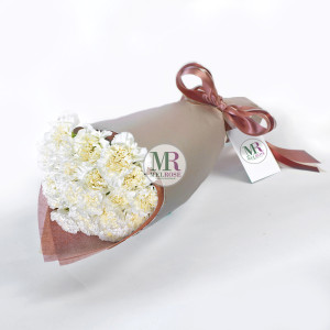 Blissful hand-tied Bouquet
