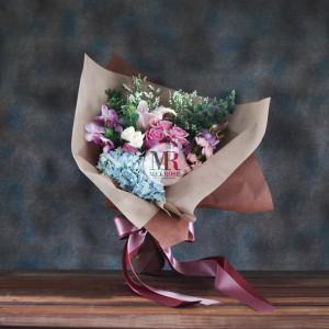 Pleasant Hand-tied Bouquet