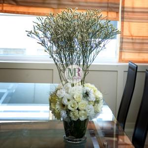 Elegance White Flowers Vase