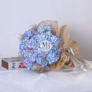 Close to you Hand-tied Bouquet