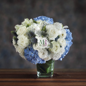 Pleasing White & Blue Flowers Arrangement