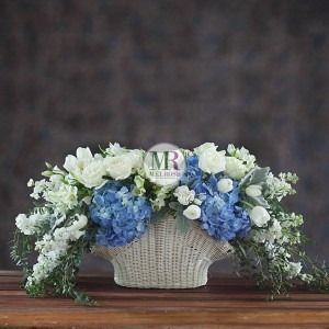 Blue & White Charming Flower Basket